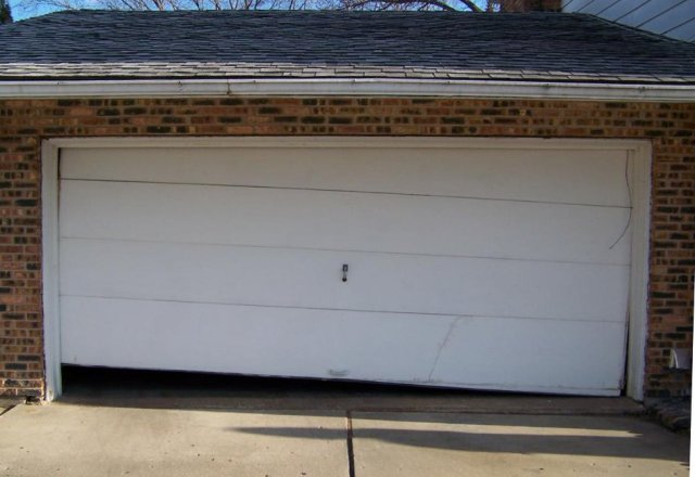 door repair - Installing A Garage Door